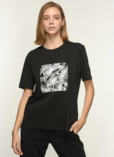 NGSTYLE Kadın Baskılı  Tişört NGKSS21TS0027 Siyah